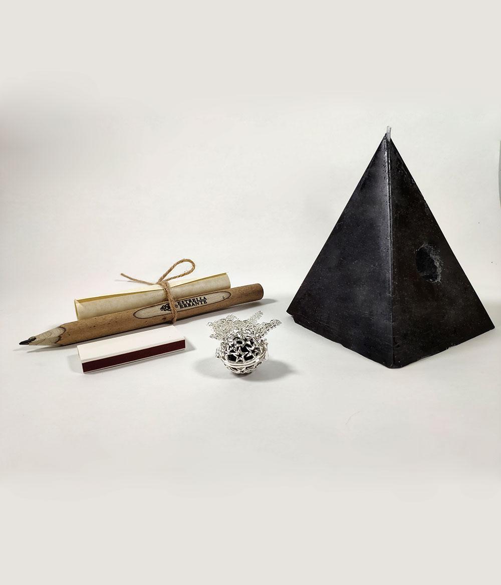 Vela Pirámide negra de los deseos
